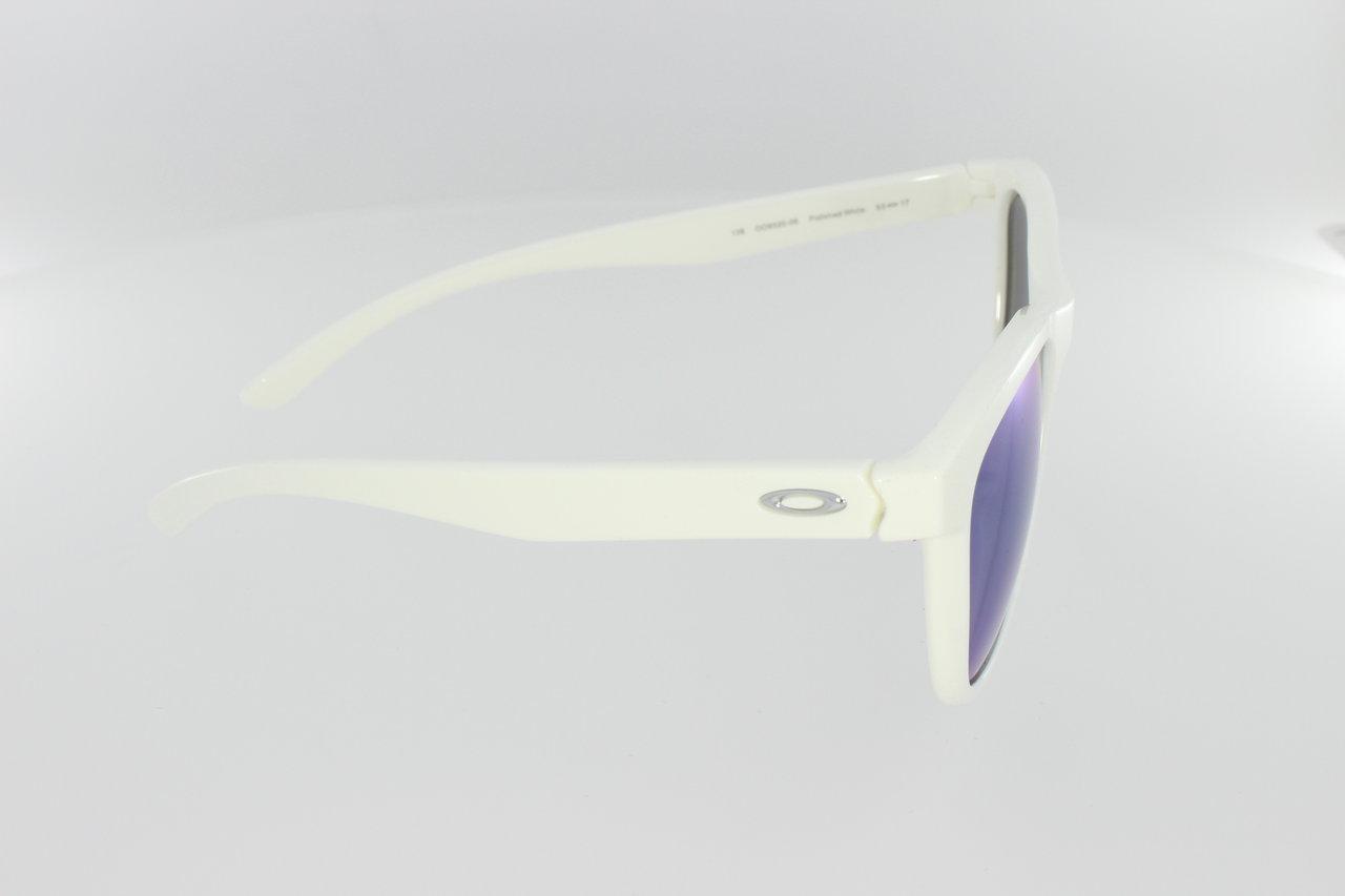 a851a47e877 OAKLEY Moonlighter Polished White   Jade Iridium Polarized 9320-06